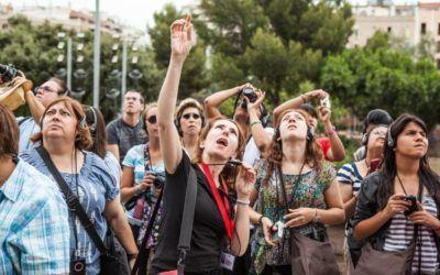 Free tours, los Airbnb de las visitas turísticas, desafían al guía oficial.