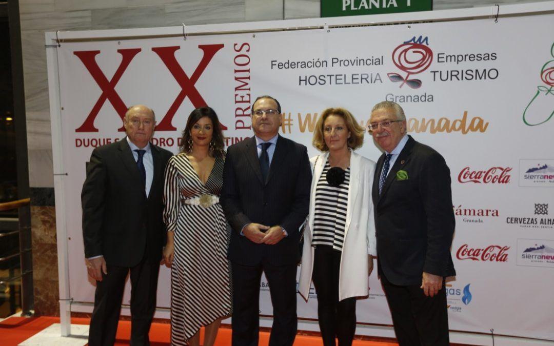 La Federación de Hostelería y Turismo de Granada entregó anoche sus premios anuales Duque San Pedro de Galatino.