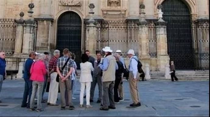 Los guías turísticos de Castilla La Mancha, piden al Gobierno más regulación.