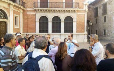 """La Confederación de Guías Oficiales de España lanza una campaña para promocionar la importancia del turismo en nuestro país a través del lema """"nosotros practicamos la Turismofilia, ¿y tú?"""""""